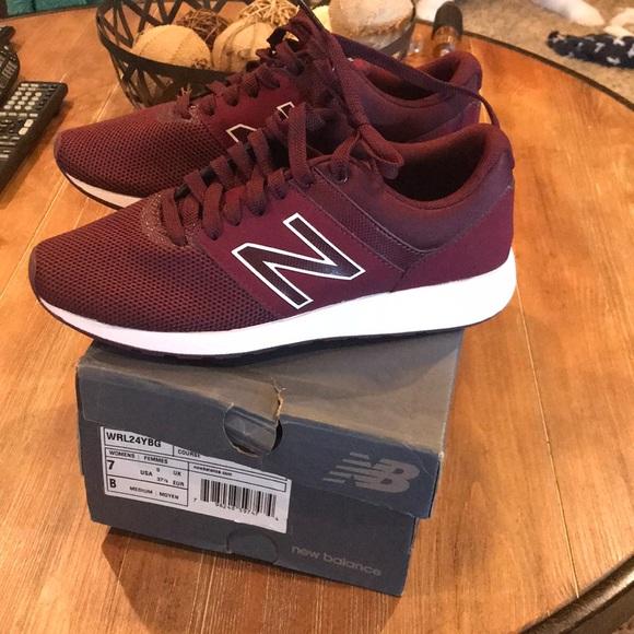 New Womens New Balance Shoe Burgundy